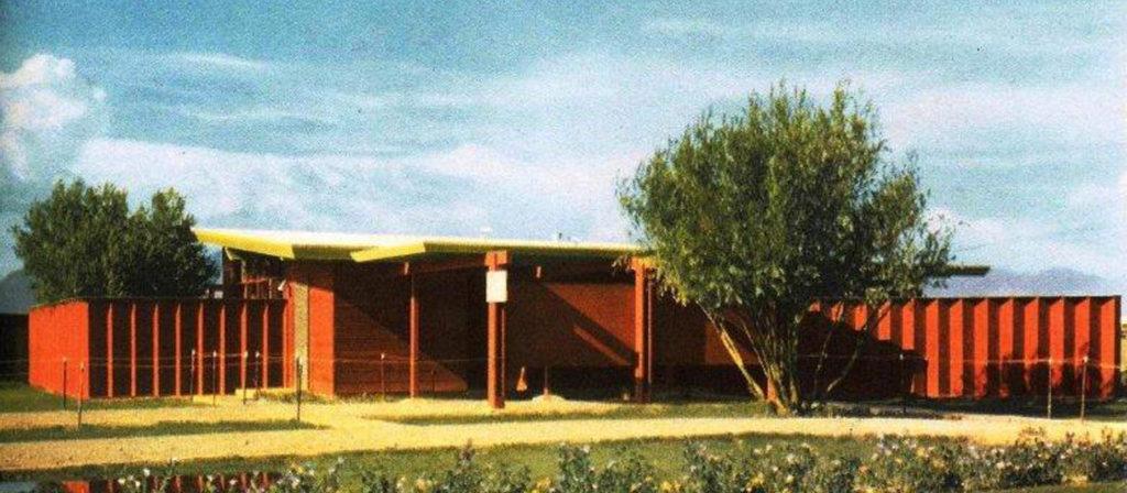Pueblo Gardens, 1948